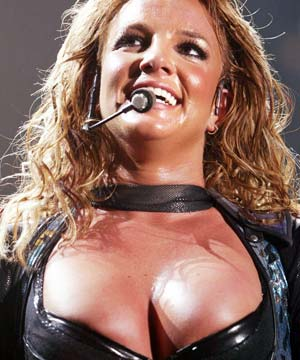 britney spears boobs