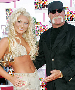 brooke hogan slip