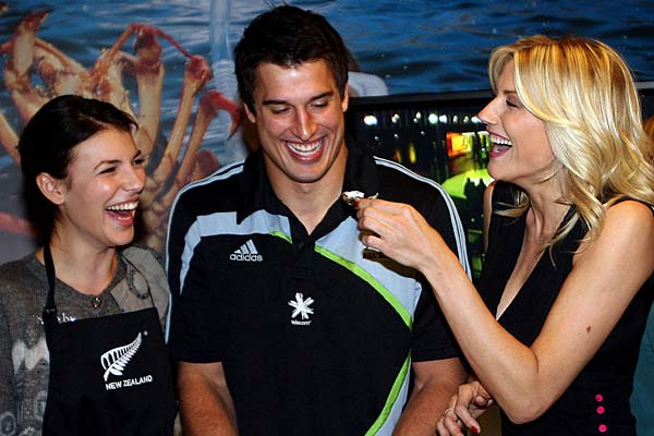 All Blacks cook with Italy's top models