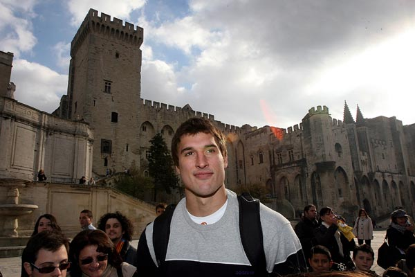 All Black lock Anthony Boric is surrounded by fans during a sightseeing trip some squad members took to Avignon