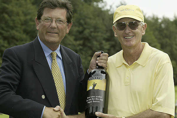 Bob Charles won the Hardy's Super Seniors Prize presented by Michael Rayment of Hardy's after the final round of the Travis Perkins Seniors Open at the Edinburgh Course, Wentworth Club in 2004.