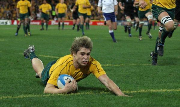 James O'Connor scores Australia's first try of the Tri-Nations Bledisloe Cup test in Sydney.