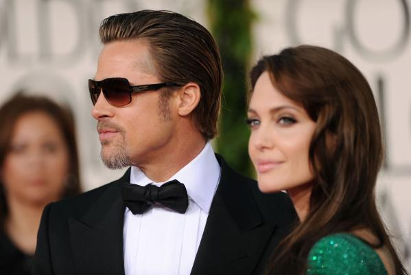 Golden Globes - Brad Pitt and Angelina Jolie.