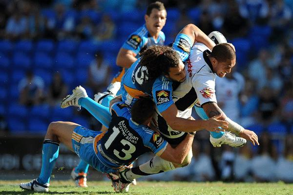 Warriors shock Titans