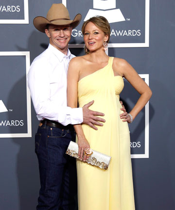 Jewel: Pregnancy Is a Privilege I'm Enjoying