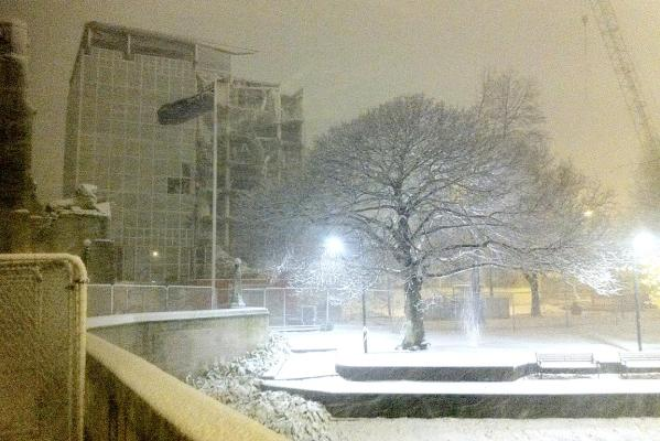 Snow falls in central Christchurch.