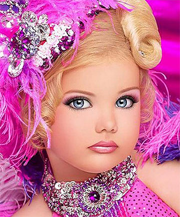 LIVING DOLL: Six-year-old American pageant star Eden Wood was the subject of a tabloid television turf war.