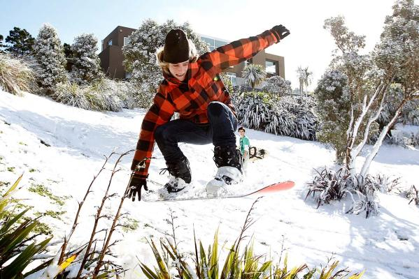 Snowboarding in Brooklyn, Wellington
