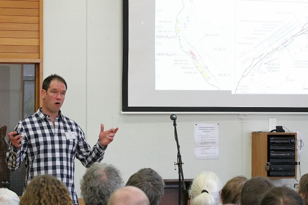 Mark Quigley from Canterbury University's Geological Sciences at the New Zealand Skeptics Conference 2011.