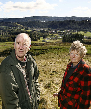 BLIGHT FEARS: Bob and Lynne McLellan are against the rural 1800-home