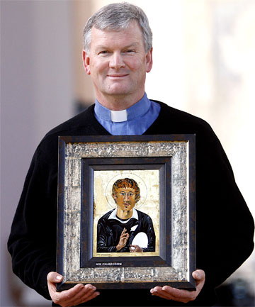 KIWI ICON: Dean Frank Nelson  with the portrait of Jesus as an All Black.