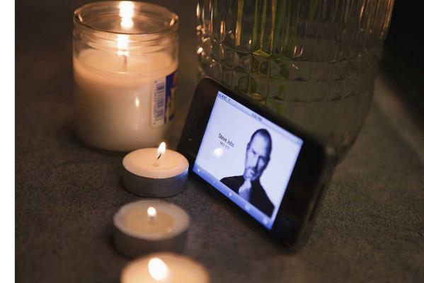 The World mourns Steve Jobs