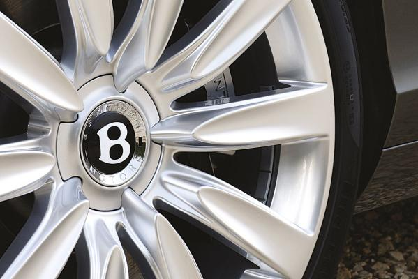 Bentley-Continental-GTC-wheel-g.jpg