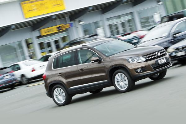 VW-Tiguan-action-g
