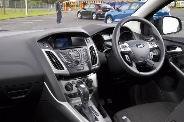 Ford-Focus-interior-g.jpg