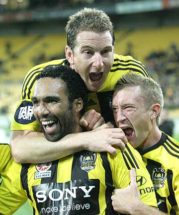 Paul Ifill and Wellington Phoenix team-mates