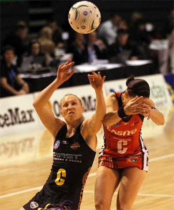 Magic v Tactix