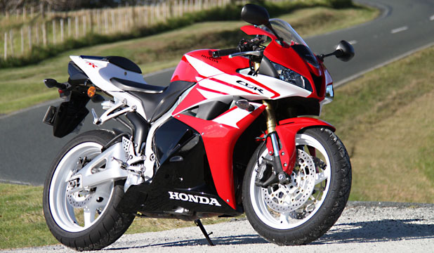 The Honda CBR600RR is still the same machine apart from a better-looking paint scheme.
