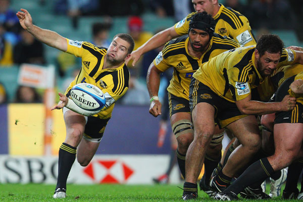 Hurricanes vs Waratahs