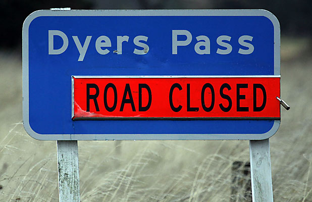 Dyers Pass Rd closed