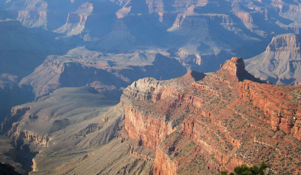 A view of the Grand Canyon, which Anna Keeling crossed both ways, starting from the South Rim and returning from the North Rim.