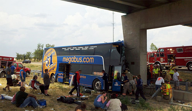 Illinois bus crash
