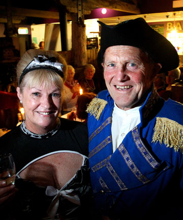 Bach on Breakwater's Te Rangimarie Hospice French-themed fundraiser