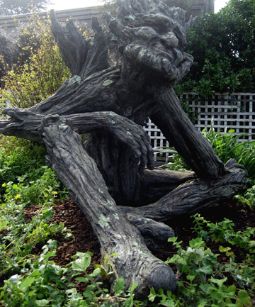 Troll sculpture