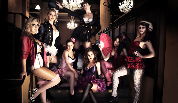 Le Burlesque Au Moulin