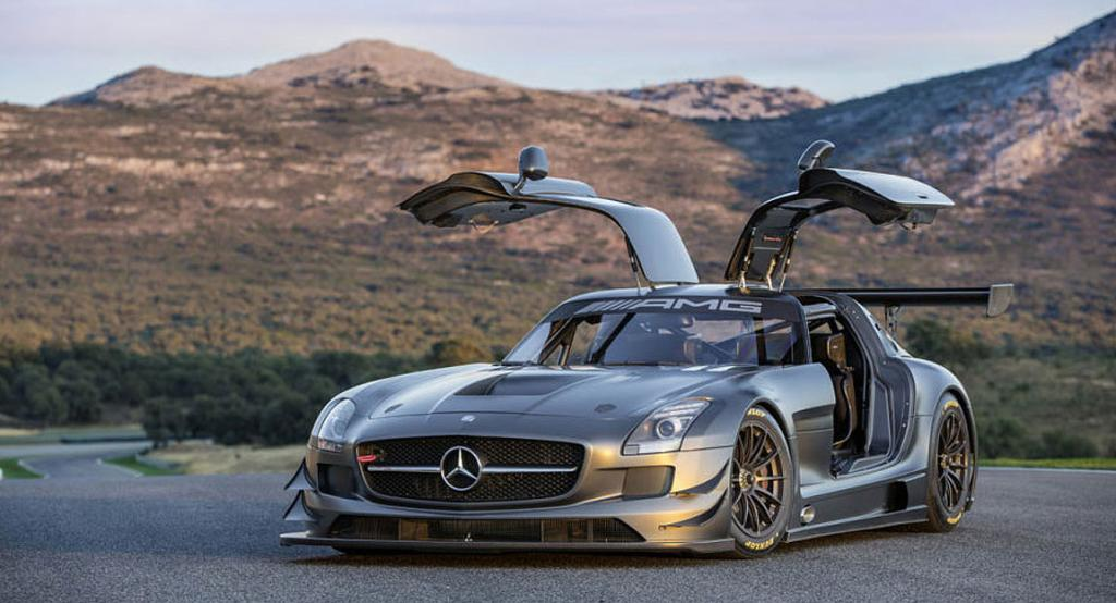 Mercedes-Benz SLS GT3 '45th anniversary'.