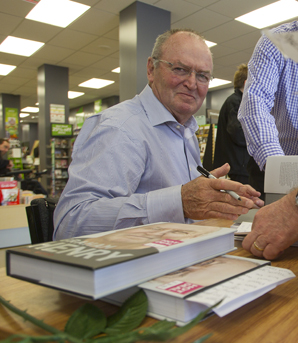 Graham Henry book signing