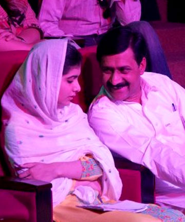 Malala Yousufzai with her father Ziauddin Yousufzai