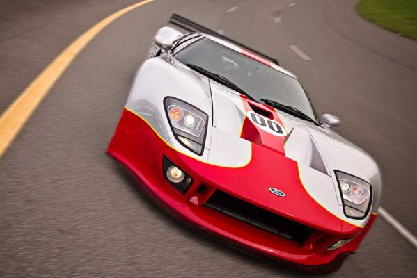 The Ford GT1-S prototype.