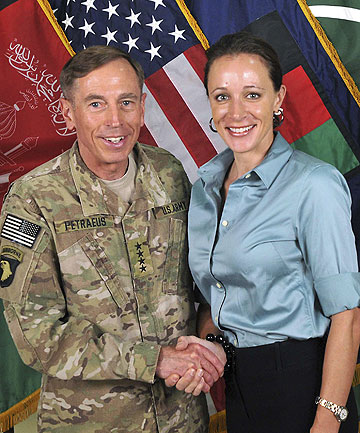 END OF AN AFFAIR: General David Petraeus shakes hands with author Paula