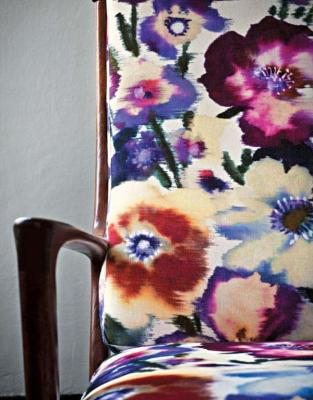Spend = floral chair