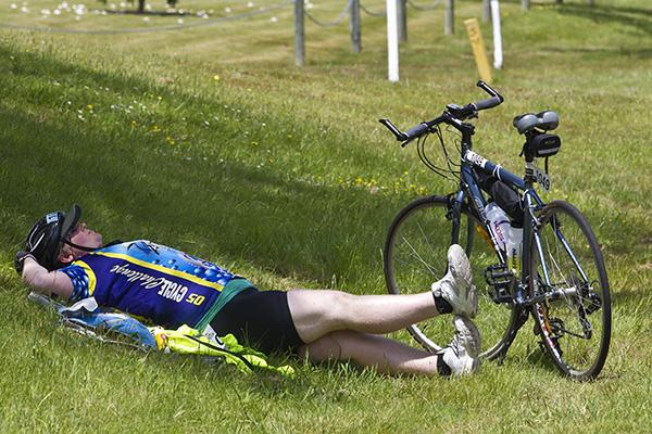 A Wellington rider listed as Hope R takes a well deserved break on the side of the ride before pushing back towards Taupo.