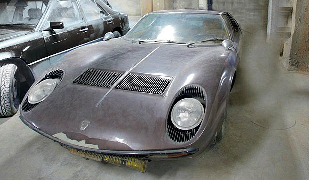The rare Lamborghini Miura sports car that has been engine-less for 40 years.