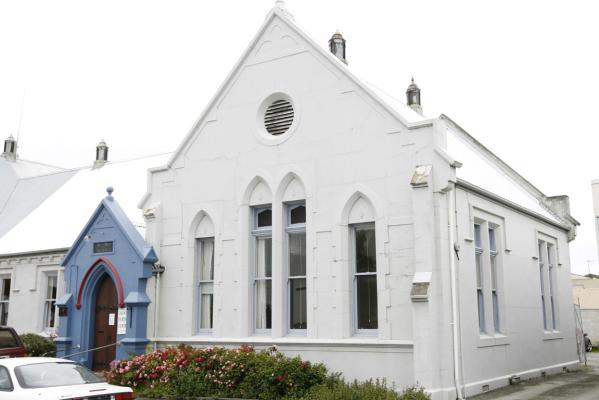 chalmers church friendship centre