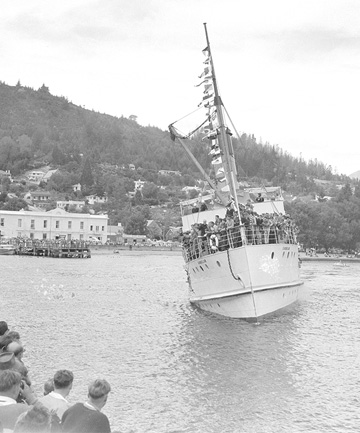Queenstown turns 100
