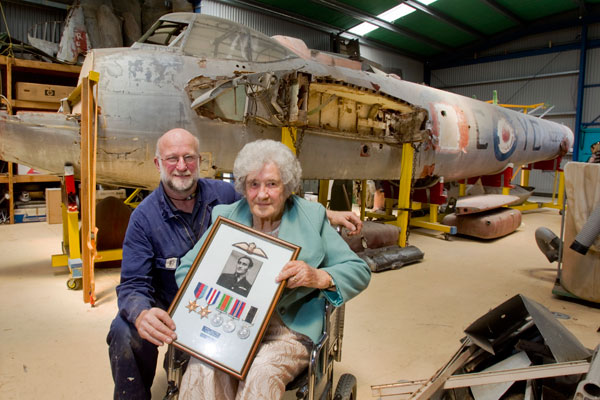 One Christchurch family has received a piece of their family history back, thanks to an aeronautical society. The Ferrymead Aeronautical Society was working on restoring a De Havilland Mosquito plane when one of its members obtained parts of an aircraft piloted by New Zealand flying officer John Perenara Morgan in WWII. Morgan originally came from Christch