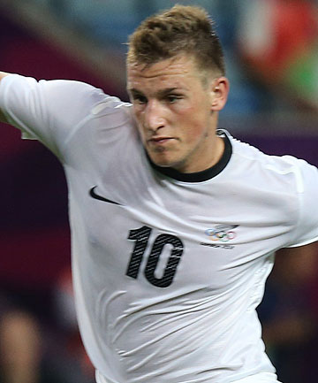 Chris Wood plays for New Zealand against Belarus at the London Olympics.
