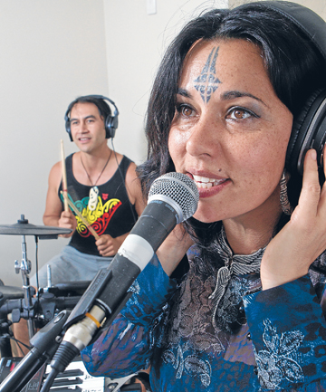 Mihirangi rehearses with Hamilton drummer Waka Peri, who will join her on the Waikato leg of her tour.