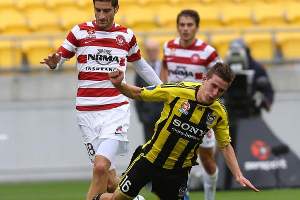 Louis Fenton playing against Western Sydney.