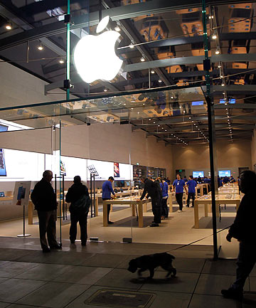 Apple retail store in Palo Alto, California