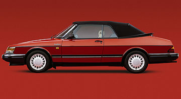 The much-loved Saab 900 was so nerdy that it was cool.