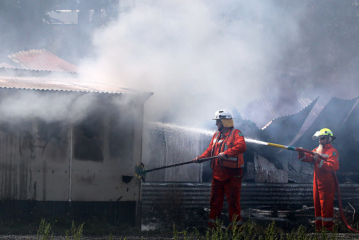 Firefighters use water from neighbour's pool