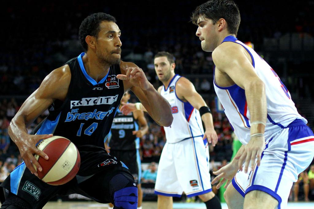 Breakers vs 36ers