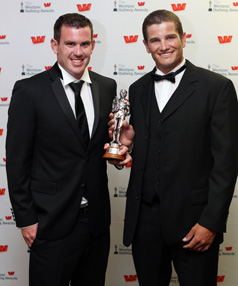 Joseph Sullivan (left) and Nathan Cohen win New Zealand's favorite sporting moment at the 2013 Halberg Awards.