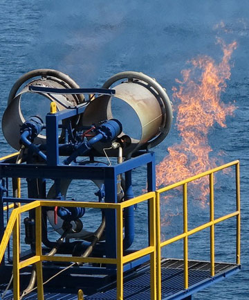 GAS POWER: Burnt gas separated from methane hydrate gas is seen on the deep-sea drilling vessel Chikyu in the Pacific, off Aichi Prefecture, central Japan.