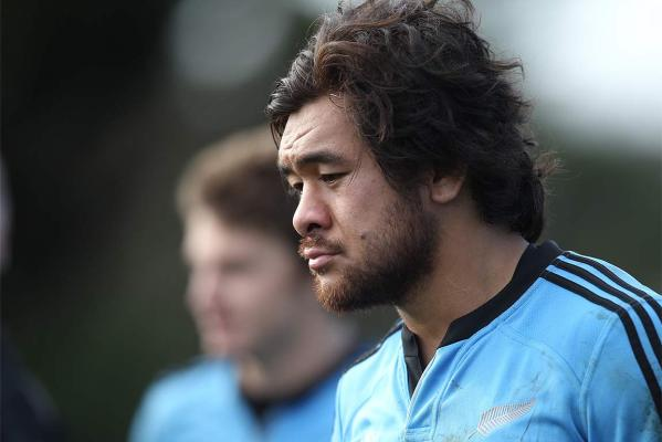 All Blacks prepare for France